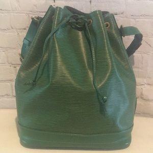 💯 Authentic Vintage Louis Vuitton Epi Petit Noe
